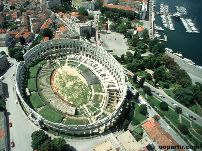 Pula ©  Croatian National Tourist Board