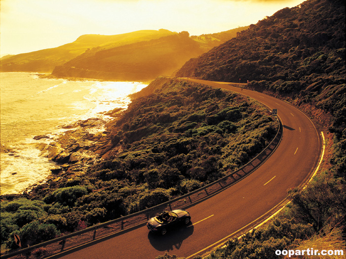 Great Ocean Road © Tourism Australia