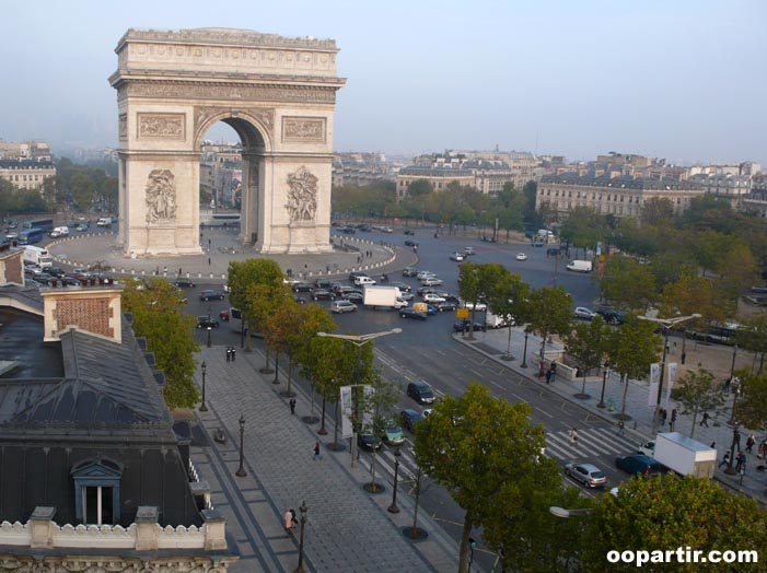 Arc de Triomphe, Paris  © oopartir.com